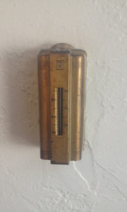 older-thermostat
